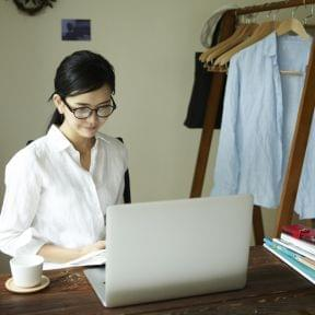 月10万円を稼ぐには、何の副業・ビジネスから始めることがオススメか?