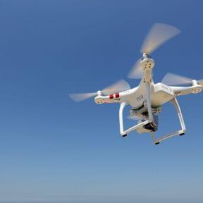 ドローンの飛行許可や承認手続きをオンライン申請で行うために必要なこと