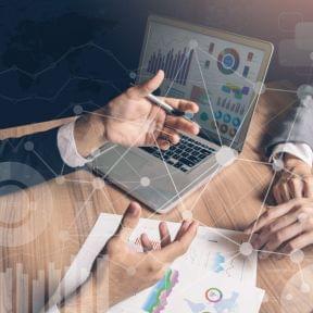 金融機関にどうやって自分の事業内容、事業計画、資金調達効果、返済確実性を説明しますか?
