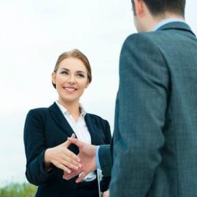女性行政書士(士業)でも成功する~女性士業のリアルを知る~