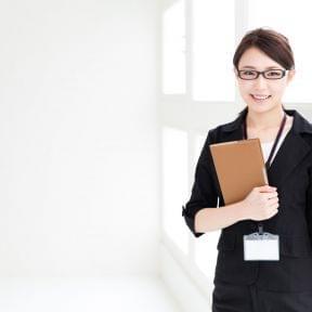 行政書士法人に勤める、法人設立・許認可担当者の一日