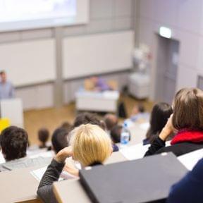 どうする2018年問題『無期転換ルール』と『大学進学者減少』