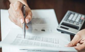 税理士に依頼する「税務顧問」の内容 メリットや費用など