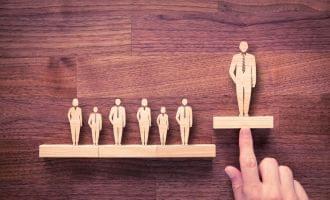 起業の失敗、「リーダーシップは必要?、不要?」