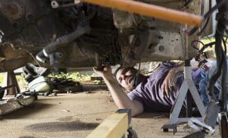 自動車分解整備業に関する開業や許認可、登録等を総合的に解説!