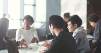起業家50人に聞いた起業の方法、リスク、資金、種類、失敗などをまとめて紹介!