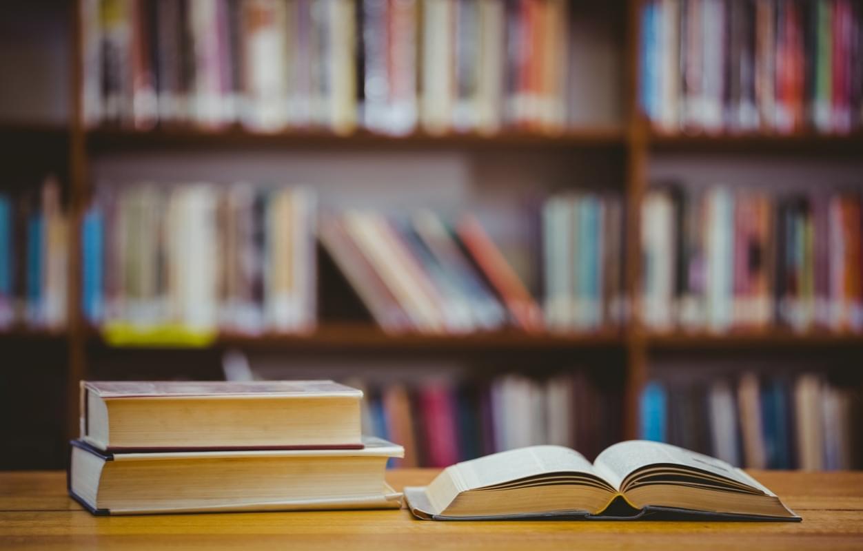 一般人や普通の個人であっても本を出すことはできる